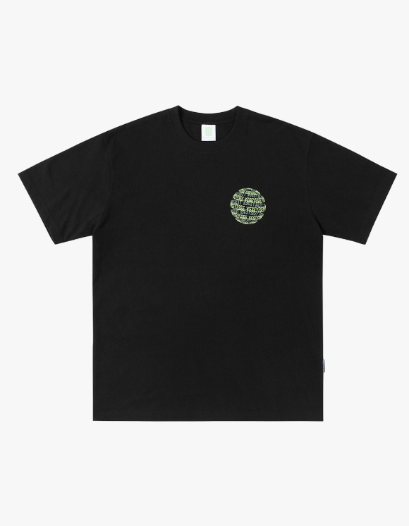 yeseyesee Y.E.S Space Tee - Black | HEIGHTS. | International Store