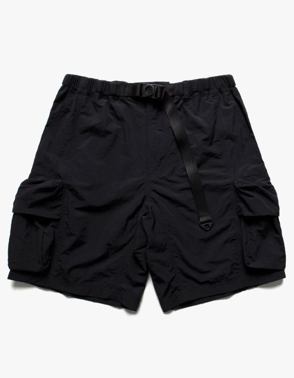 LORES Nylon Cargo Shorts - Black | HEIGHTS. | 하이츠 온라인 스토어