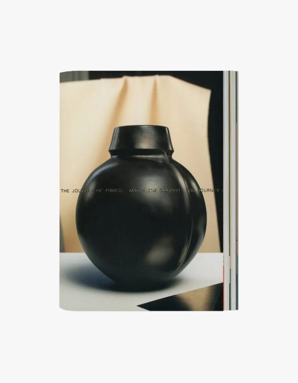 Selected Publications Magdalene Odundo: The Journey of Things | HEIGHTS. | International Store