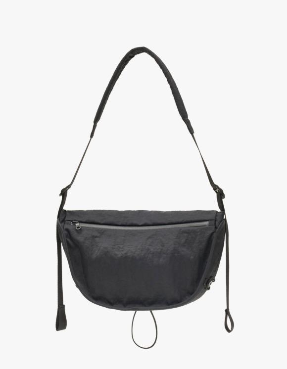 USAGE BD Bag / L - Black | HEIGHTS. | 하이츠 온라인 스토어