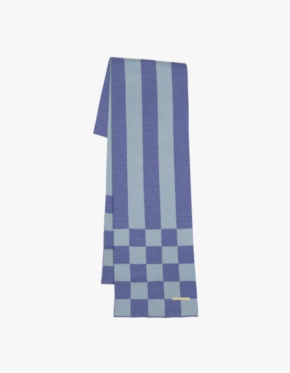 TheOpen Product Chessboard Check Muffler - Sky Blue | HEIGHTS. | 하이츠 온라인 스토어