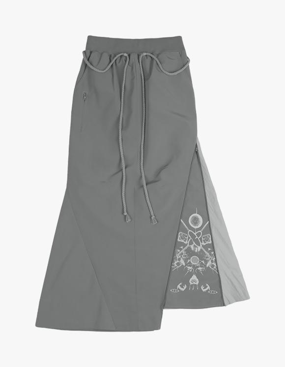 Ojos Mermaid Unbalance Skirt - Grey | HEIGHTS. | 하이츠 온라인 스토어