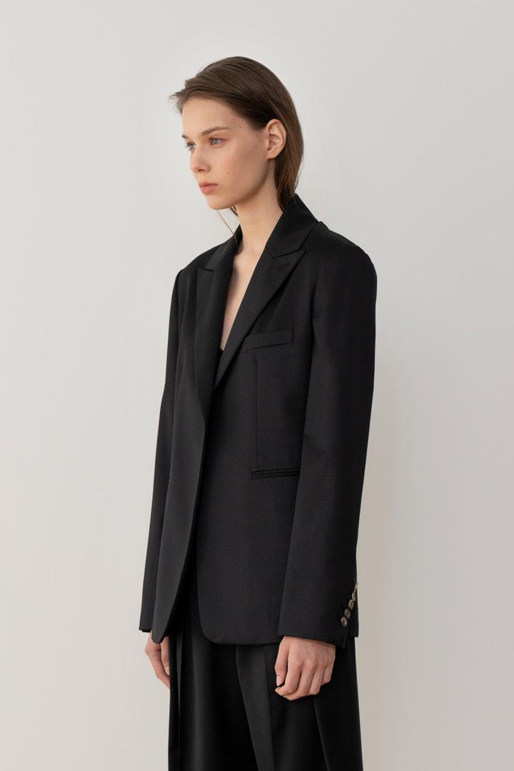 Numero 043: Oblique Sleeve Wool Jacket (2 colors)