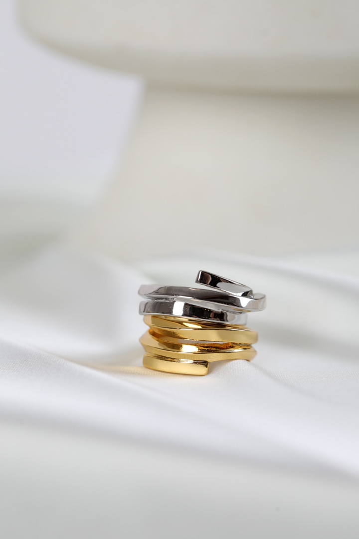Crossover Layered Rings (set)