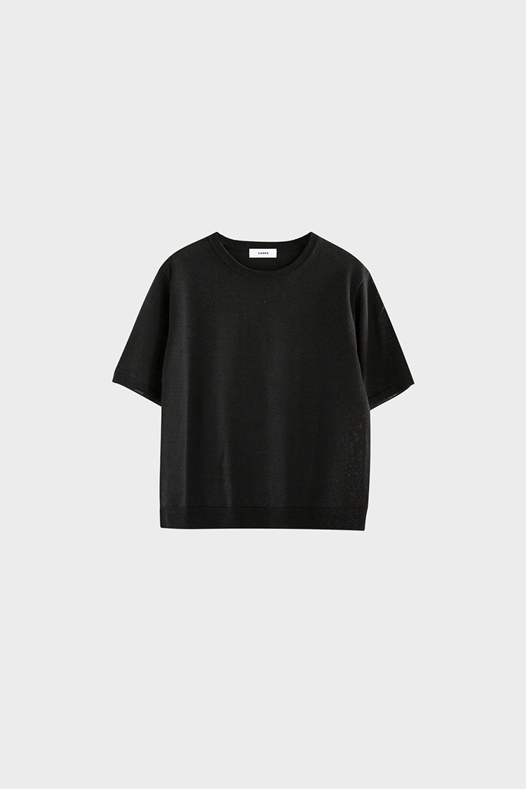 Classic Round Neck Knit Top (Black)