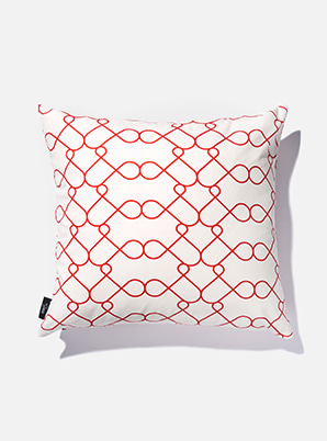 [MD &P!CK] &STORE CUSHION COVER LINE WHITE