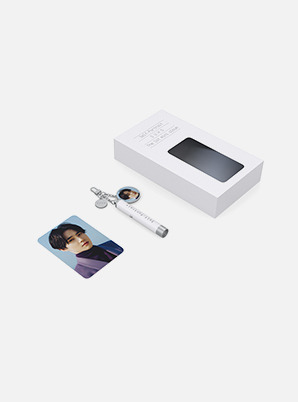 SUHO PHOTO PROJECTION KEYRING - 자화상 (Self-Portrait)