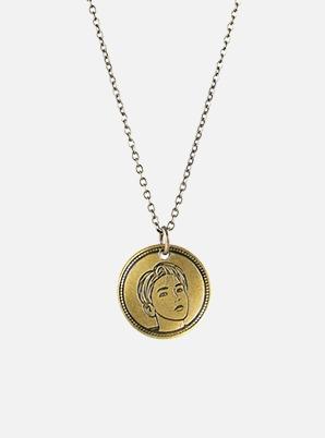 BAEKHYUN NORDIC GOLD COIN NECKLACE - Delight