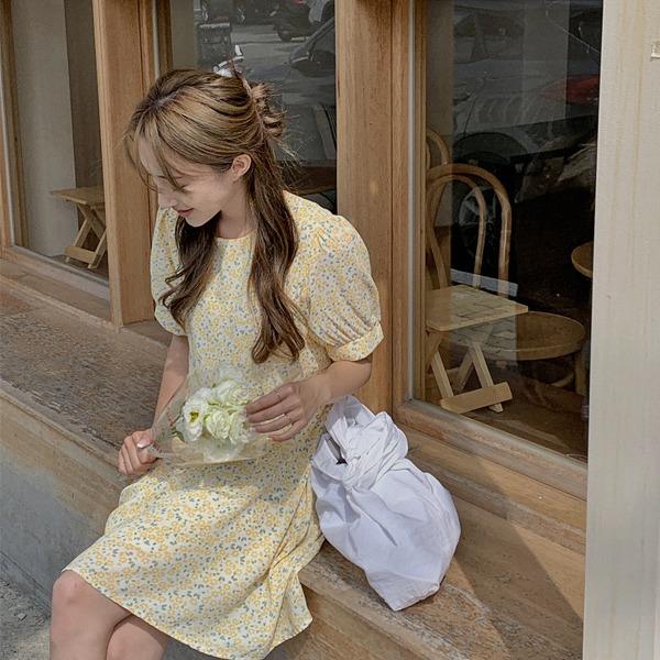 清新花葉圓領腰綁帶短洋裝