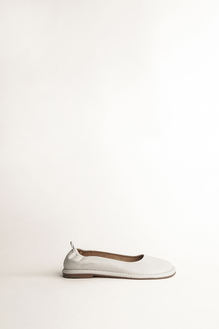 LM02 FLAT OFF WHITE