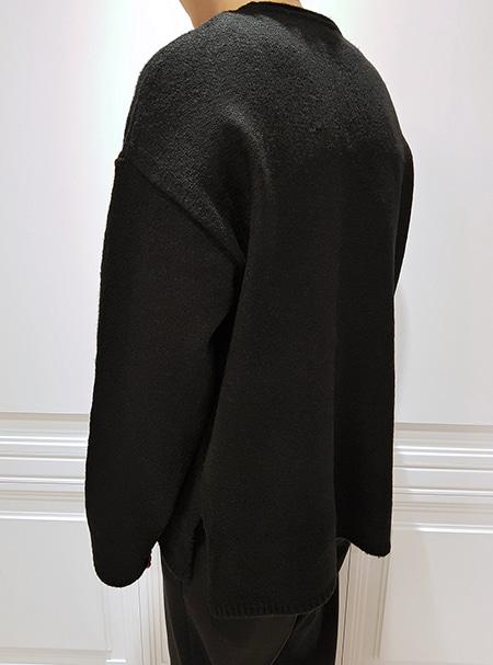 over fit knit -Black