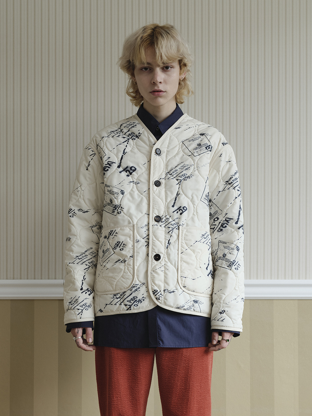 QUILTED GRAPHIC JACKET