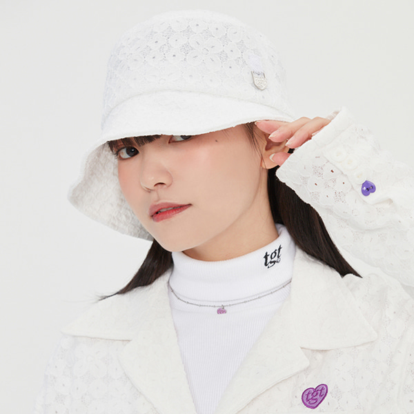 LACE HEART RING BUCKET HAT_WHITE