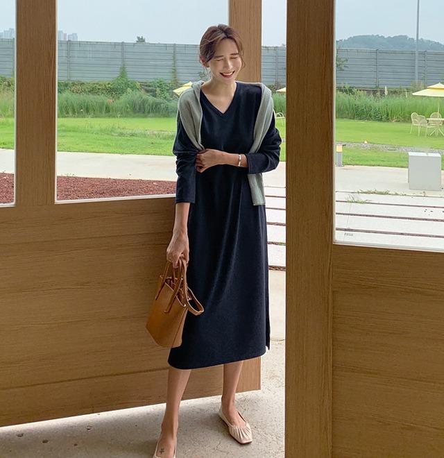 開衩襬純色V領長洋裝