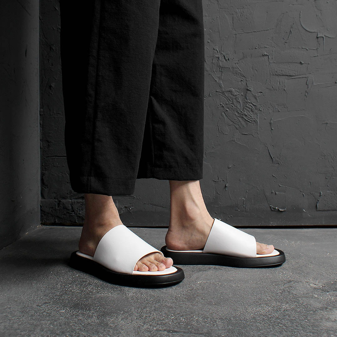 Synthetic Leather Wide Slipper 2267