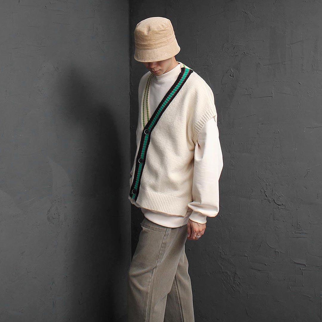 Contrast Split Side Knit Vest 2565