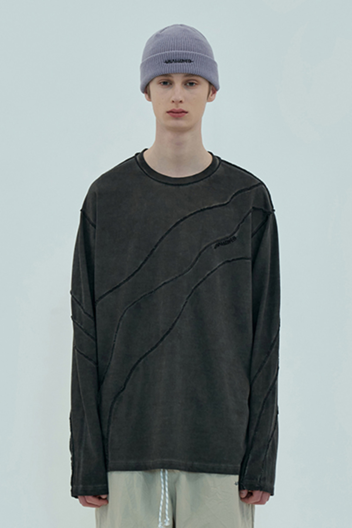 OVERLOCK DYEING LSV T SHIRT / CHARCOAL
