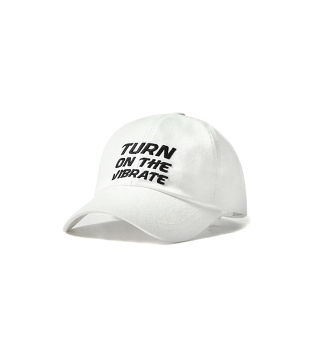 SQUARE BALL CAP (WHITE)