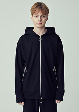 [206 HOMME]2018 S/S  NEW  COLLECTIONSEMI-OVER FIT™ O-RING TWO-WAY BLACK ZIP-UP HOODED(UNISEX)(18SSTH-004BK)▶{당일배송 + 쇼룸 바로구매가능}◀