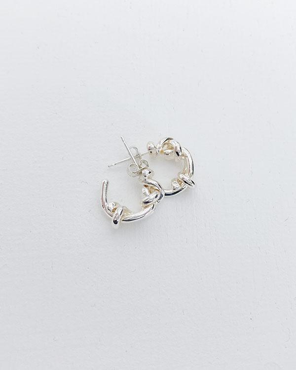knot earring (open, 단독 주문시 선발송)