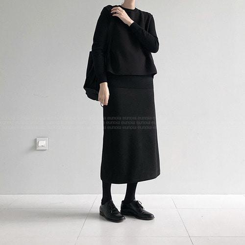 wool skirt (open, 10/25 순차 출고 예정)