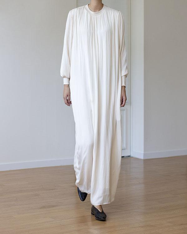 silky shirring dress