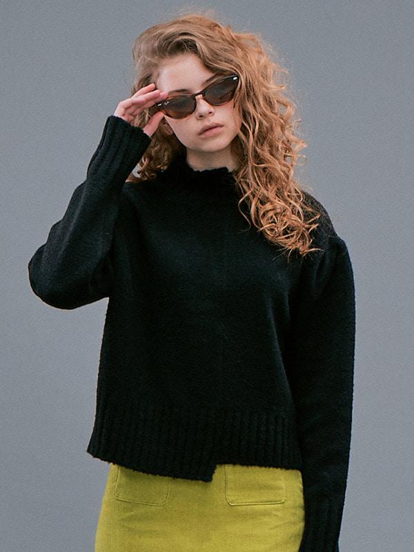 Unbalance Sweater / Black