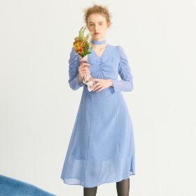 Shirring Point Midi Dress_ Blue