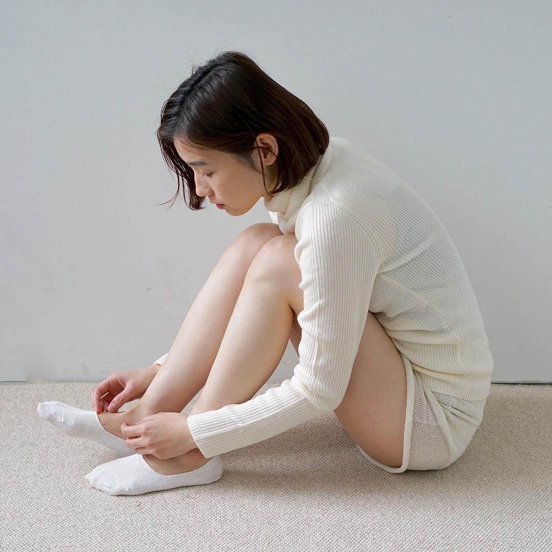 HK0105 Linen No-show SocksHAKNE
